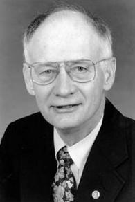 William R. Maples (Source: http://anthro.ufl.edu)
